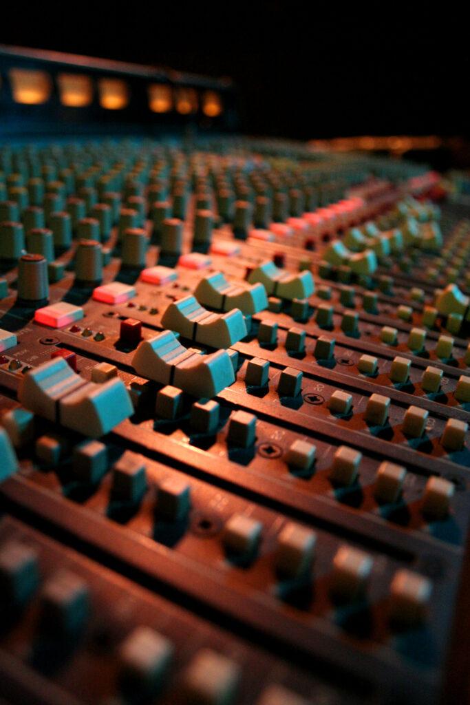 Mixing / Mastering